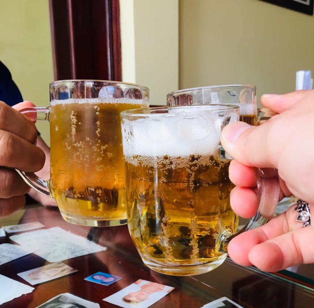 ベトナムビールで乾杯