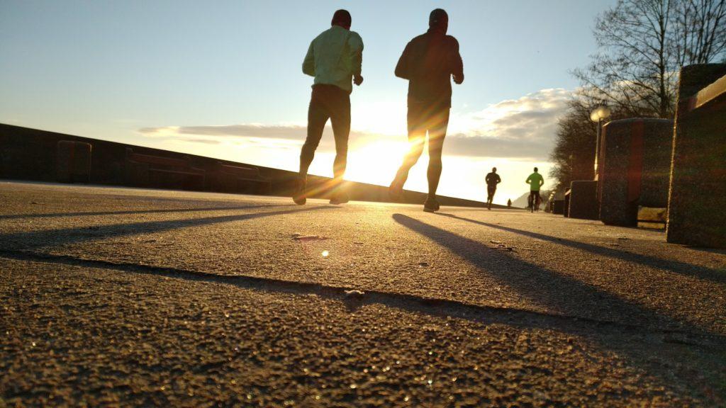 朝活のジョギングの写真